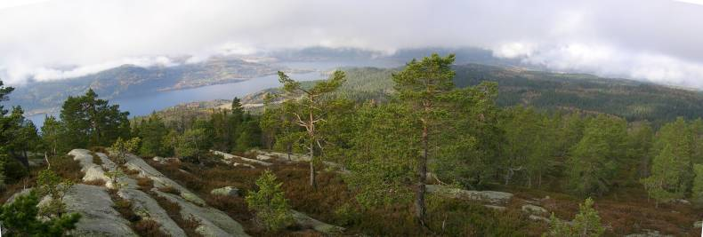 Eikern seen from Slettfjell, Click for map/route:  N 59.6903  E 9.9376